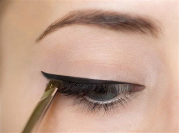 eyelinerdogalmakyaj