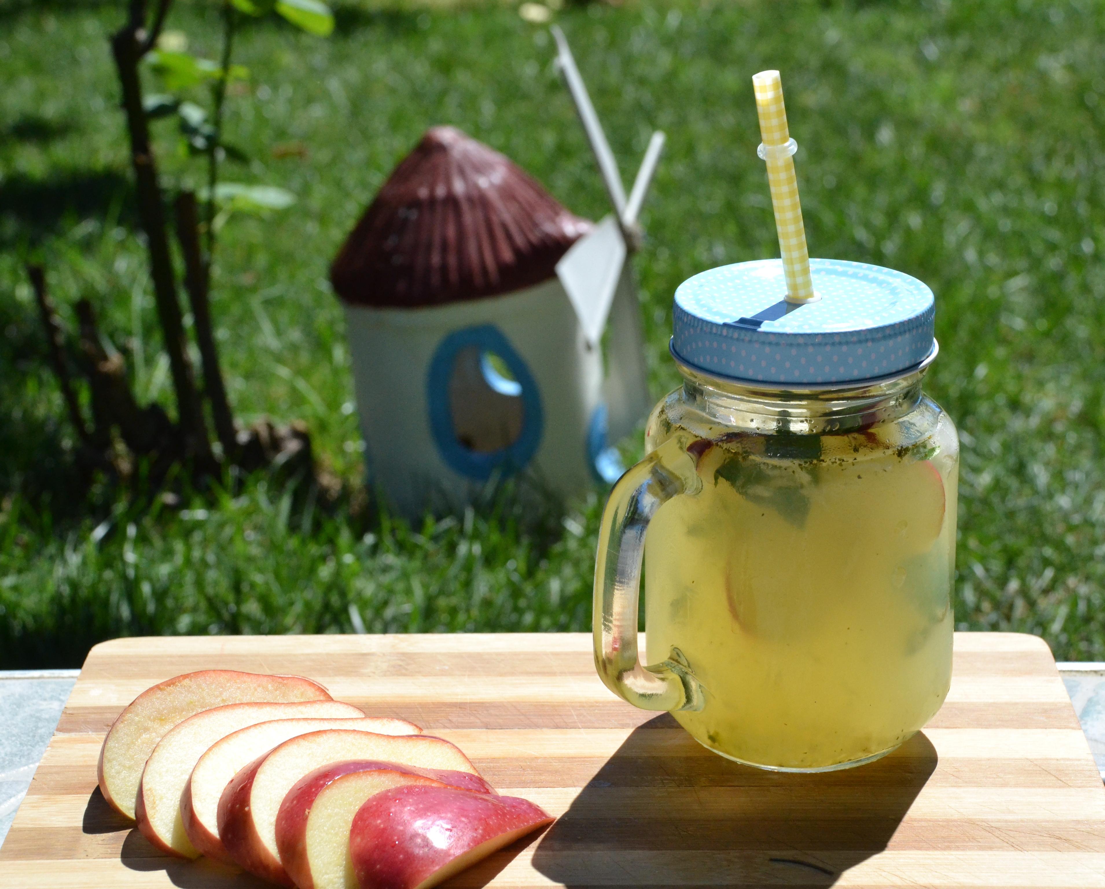 elmalı limonata