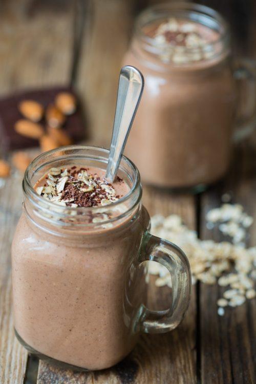 çikolatalı-yulaflı-smoothie