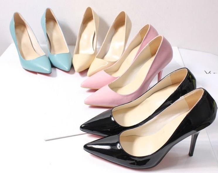 topuklu-ayakkabı-nasıl-yürünür