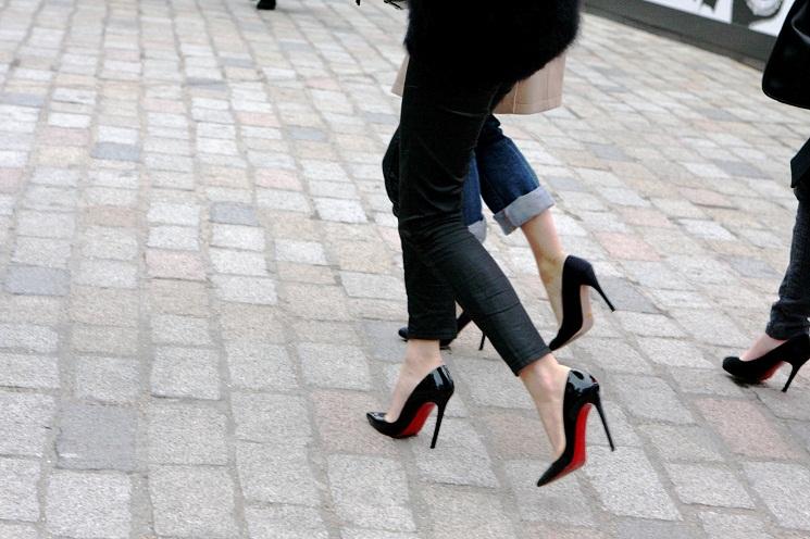 Photo of Topuklu Ayakkabılar İle Nasıl Yürünür?