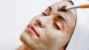 cildi canlandıran kil maskesi