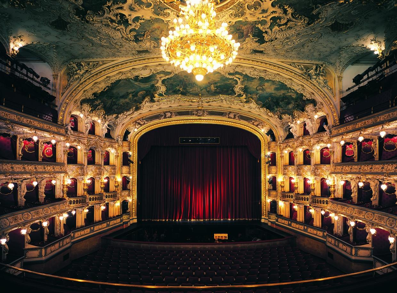 Photo of Dinlediğinizde Sizi Başka Diyarlara Götüren Opera Müzik Parçaları