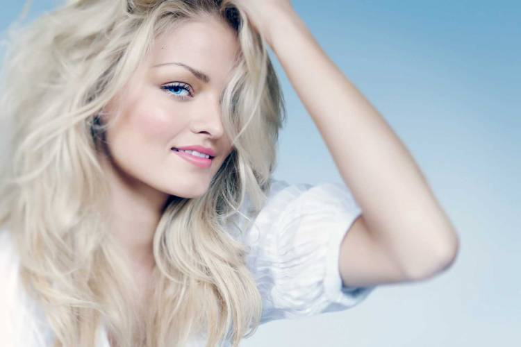 Photo of Gümüş Sarısı Saç Rengi ve Detayları