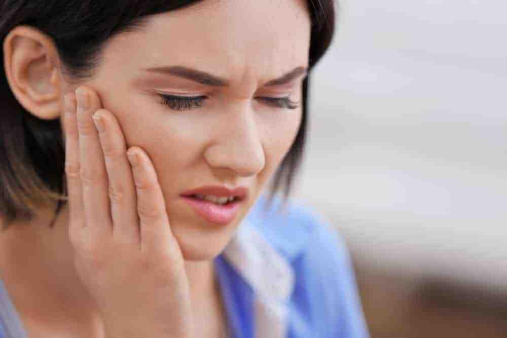 Diş Ağrısı Göze Vurur Mu?